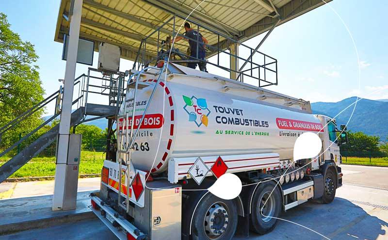 camion livraison fioul touvet combustibles
